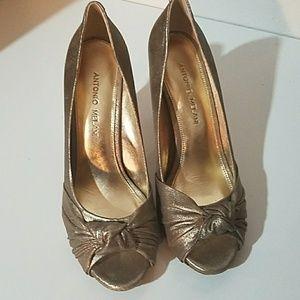 Antonio Melani Gold Leather Peep Toe Heels